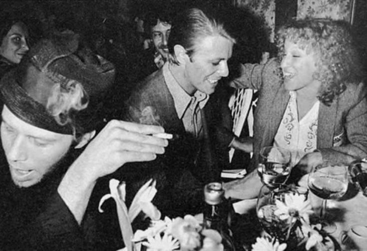 Tom Waits, David Bowie & Bette Midler turned out for Dana Gillespie's show at Reno Sweeney's (December 12, 1974) [1280 x 878] : OldSchoolCool