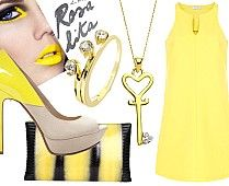 Sarı elbise, sarı krem topuklu ayakkabılar, sarı siyah portföy çanta, altın anahtar kolye, tria yüzük - Yellow dress, yellow, cream-heeled shoes, yellow, black portfolio bag, gold key necklace, ring tria