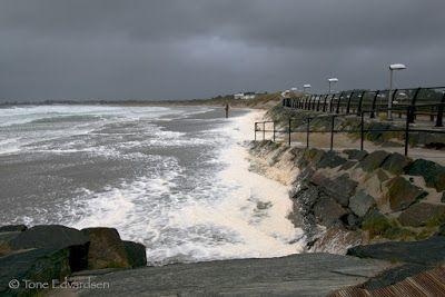 Tone: Bilder av bølger - bakenfor kamera :)