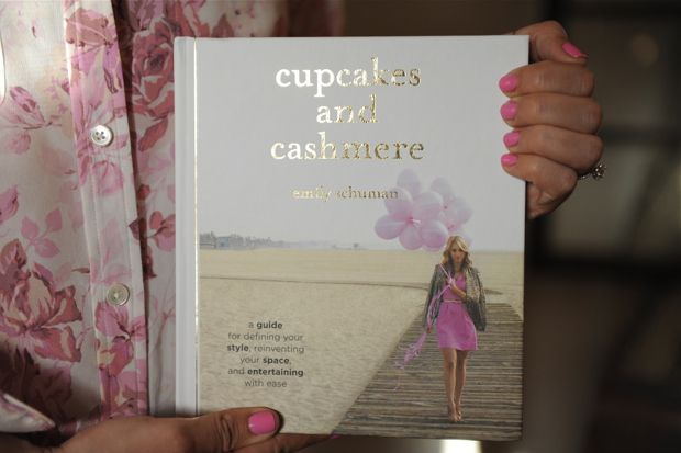 I love this girls Blog!! so cute and I can't wait to get here book for my coffee table!!!