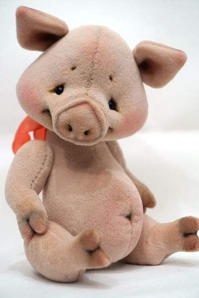 Winnie the Pooh and Piglet By Victoria Makarova - Bear Pile