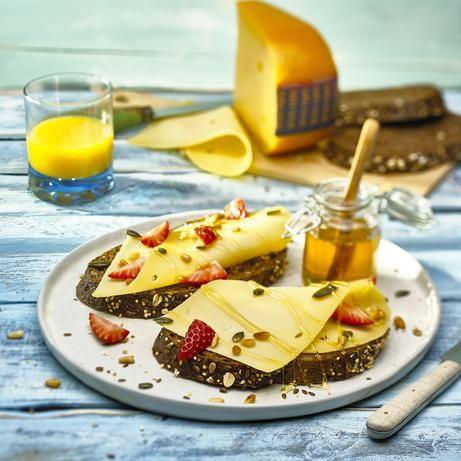 Knapperig Molenaarsbroodje met MILNER Licht Gerijpt / Milner Koe & Geit #Recept #Broodjes #Milner