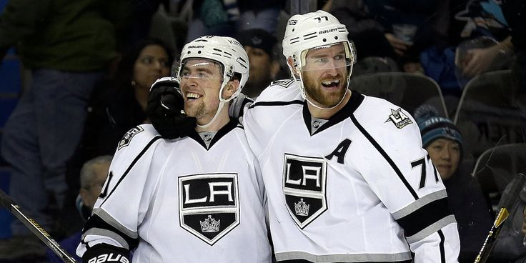 Los Angeles Kings take to Twitter to burn the city of St. Louis after second NFL team moves to LA