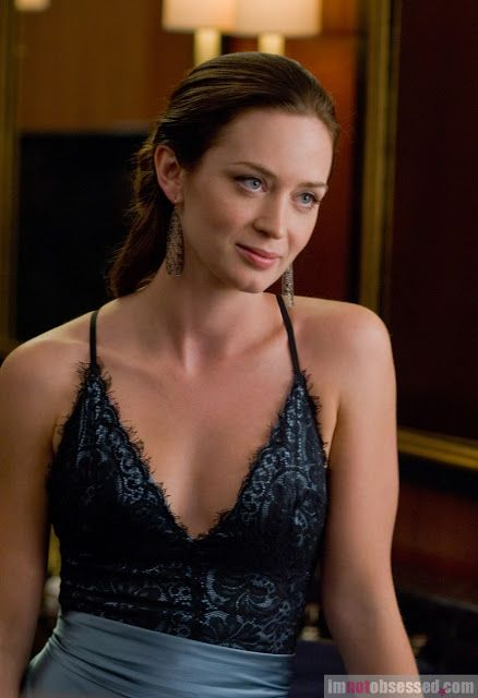 emily blunt | EMILY BLUNT is a world class ballerina in The Adjustment Bureau