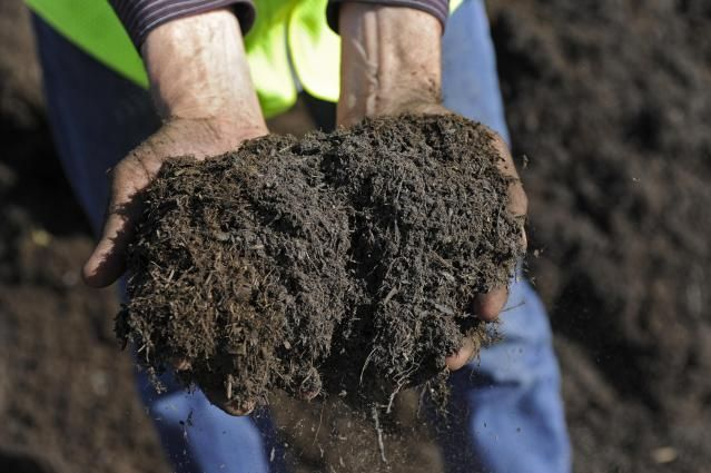 To buy soil or compost in bulk, for your garden, you need to know how much is required and where to find quality soil. Here's how to get started.