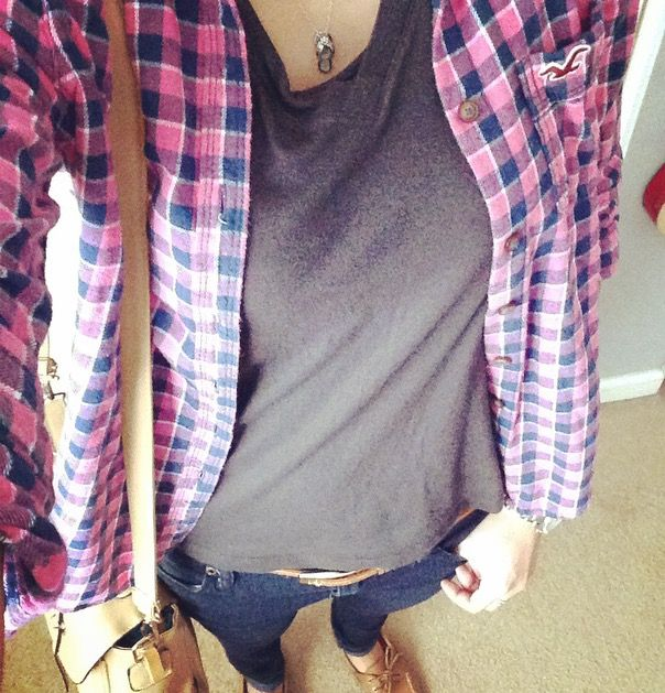 Top Hollister Pink Blue Check Flannel Shirt Forever21