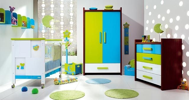 Muebles multicolor