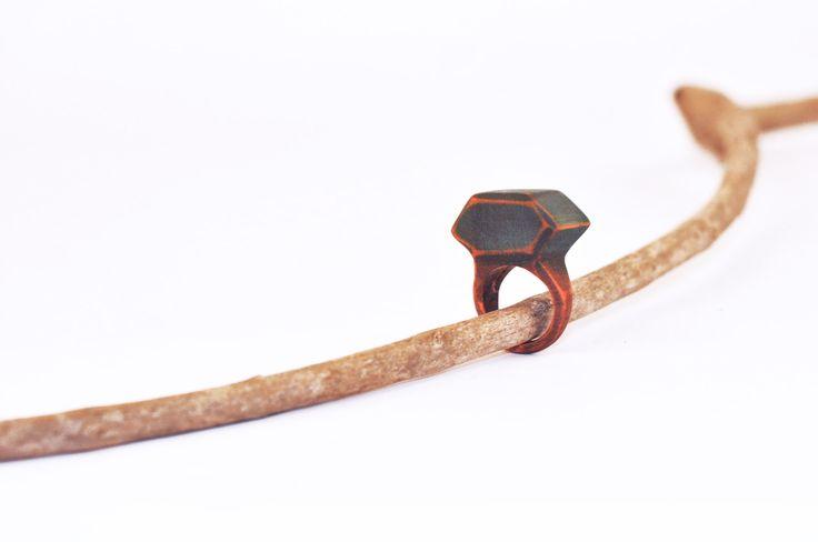 handmade wooden ring https://www.etsy.com/it/shop/BracciaRubate