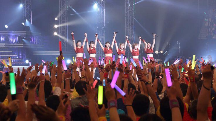スマイレージ初の日本武道館公演<スマイレージ LIVE 2014夏 FULL CHARGE ~715 日本武道館~>が7月15...
