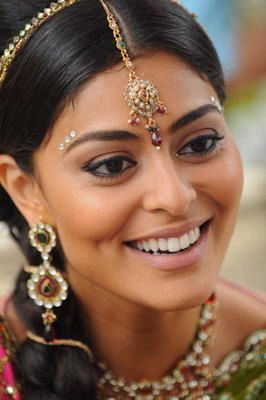 Beleza das Índias: maquiagem, penteado, escova, exercício, massagem...