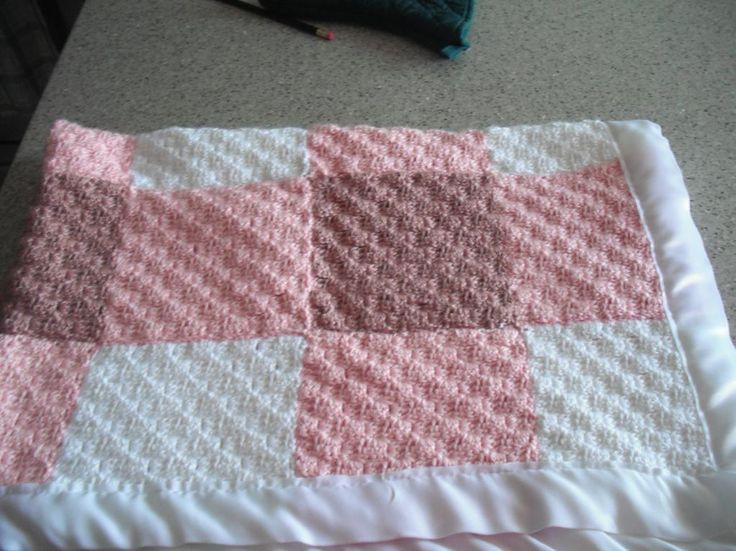 Craftdrawer Crafts: Free Diagonal Crochet Squares Baby Afghan Pattern