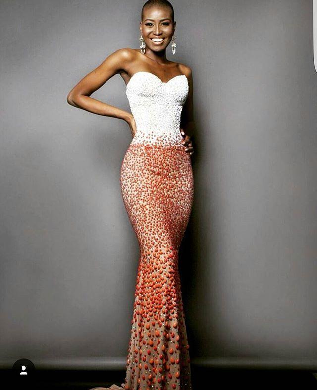 Classy...#cute #bodycondress #strapless Via @jennifersaareal #classy #fashionista #curves #instadaily #lookoftheday #lifestyle #style #pose #beautiful #melanin #blackbeauty #blackisbeautiful #gorgeous #dress #twa #nyangacity #nyanga #model #fit #photooftheday #glam #dope #accessories #instalike #swag #ootd #blogger