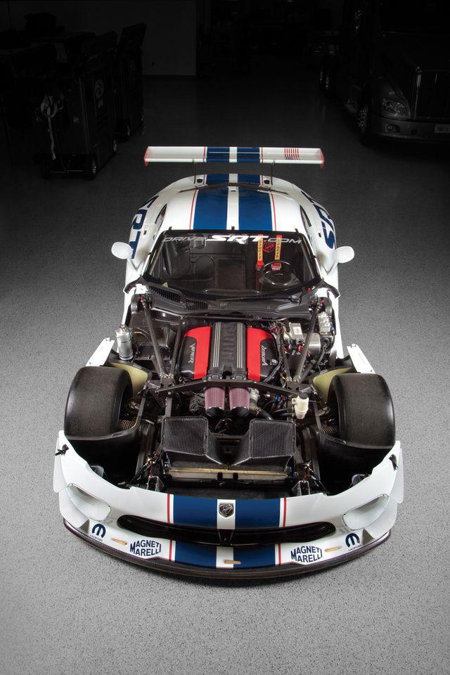 Inside the SRT Viper GT3-R - Wow!