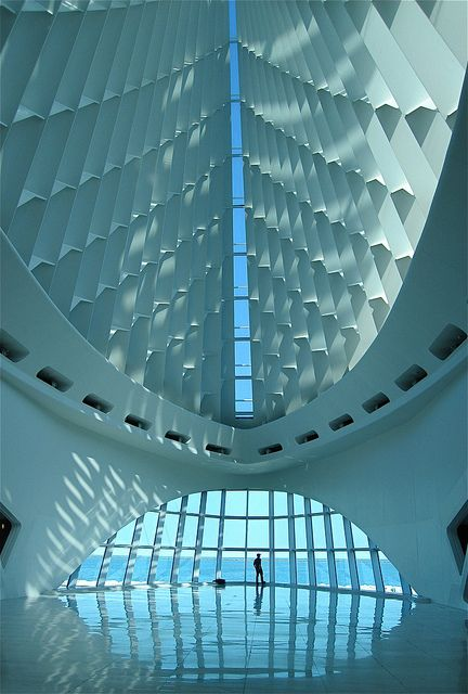 Milwaukee Art Museum, design by Santiago Calatrava