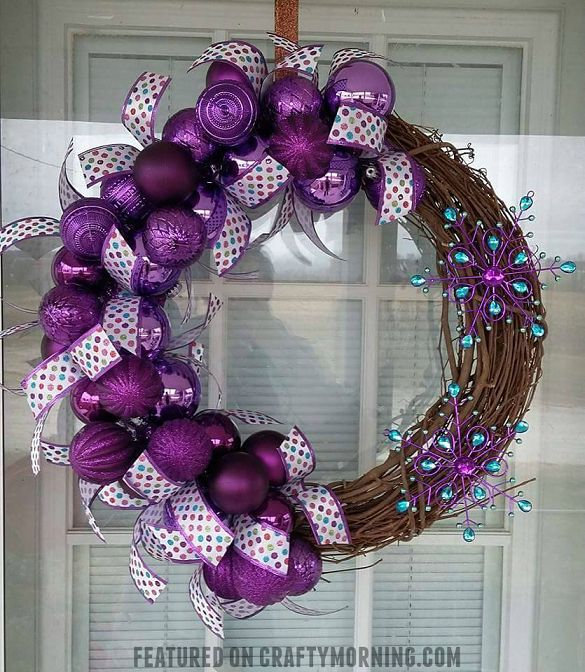 DIY Purple Winter Wreath using ornament bulbs and grapevine wreath ...