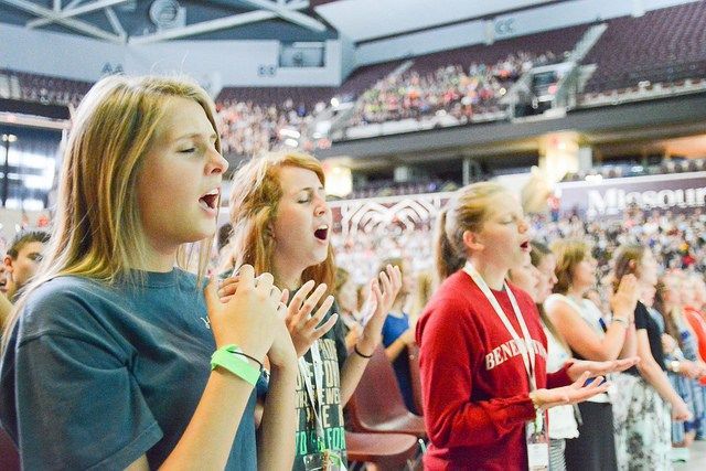 Nearly 50,000 Catholic youth attend Steubenville Youth Conferences every year. Should your teengo?Get the take of a parent chaperone.  by Susan Windley-Daoust If you have a Ca…