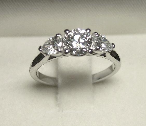 ... ( www.adebers.com), bague de fiançaille  anello  Pinterest