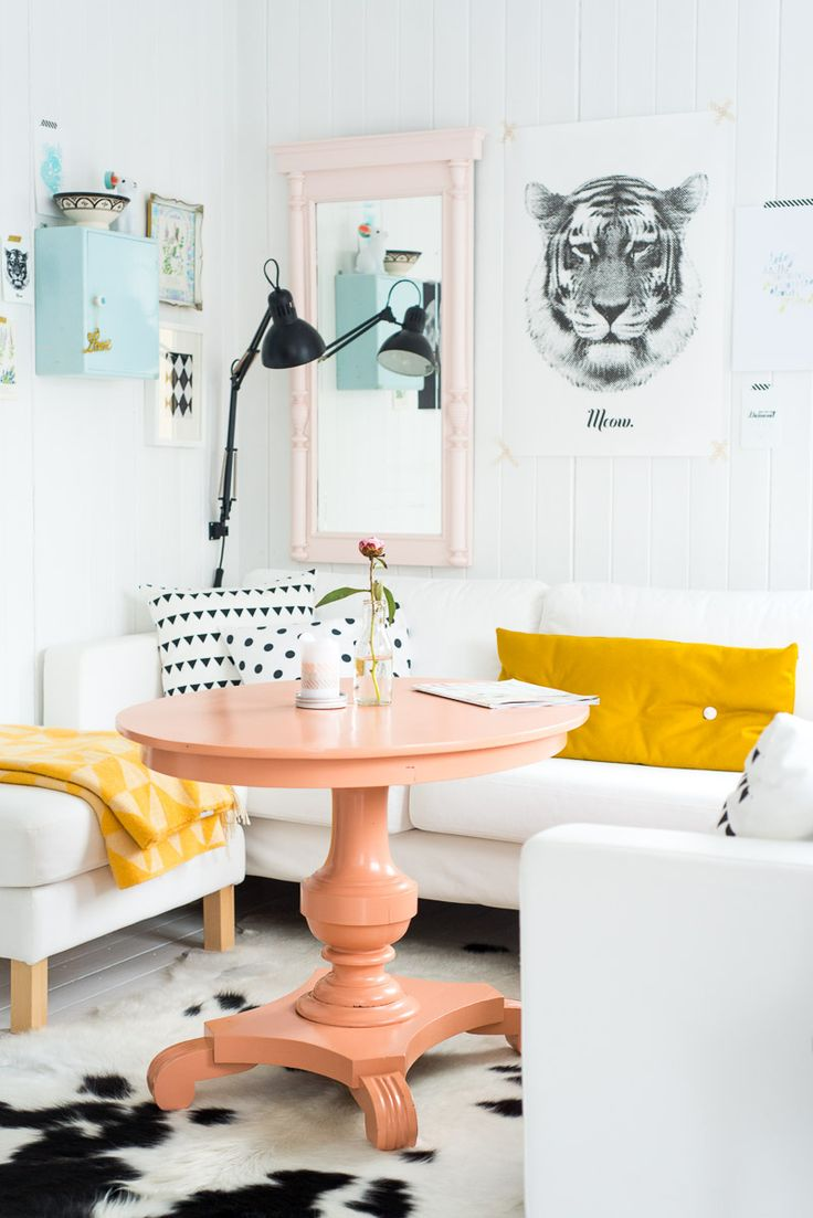 If I were living single.. THIS would be my dining room set up. Although I'd probably substitute the white couches with another color..maybe espresso? I don't trust myself not to spill anything and I'm a painter..double whammy for high liability on stains!