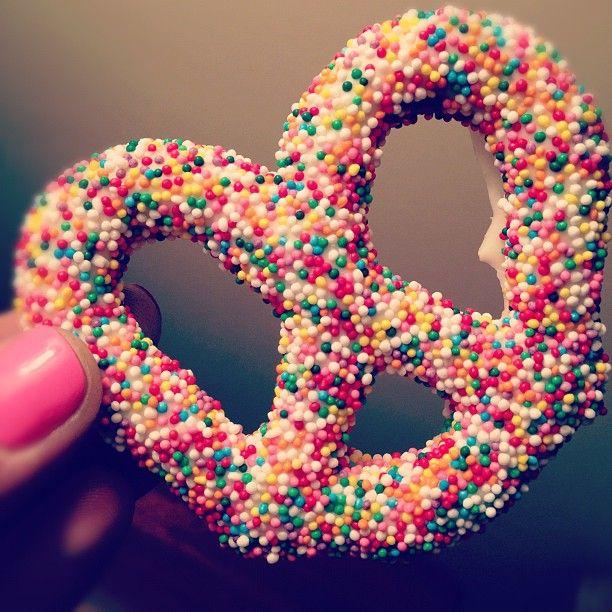 rainbow sprinkle pretzels