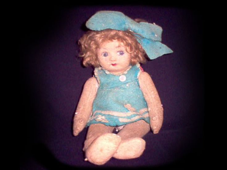 There are many stories of haunted dolls: they are said to host children' spirits. The story I will tell you today is that of Pupa the Italian possessed doll