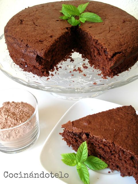 bizcocho colacao: Cake, Cola Cao, Sweet Recipes, Colacao Pineado, Cooking Recipes, Delicious Sweet, De Colacao, Bizcocho Colacao, Cooking Recipes