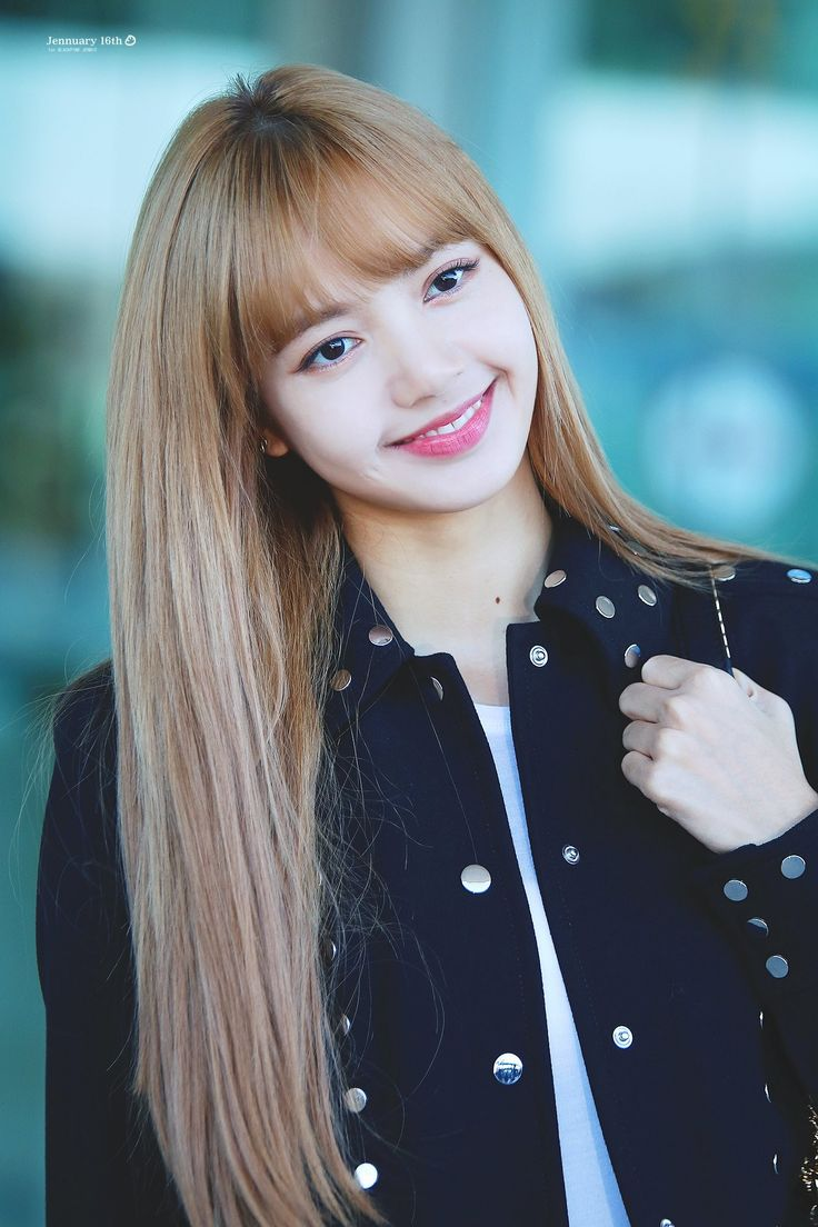 BLACKPINK-Lisa 180908 Incheon Airport to New York ...
