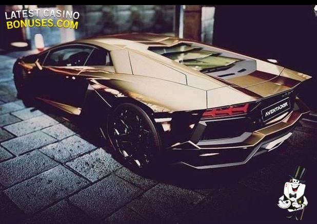 Lamborghini + Gold = Awesome! :D