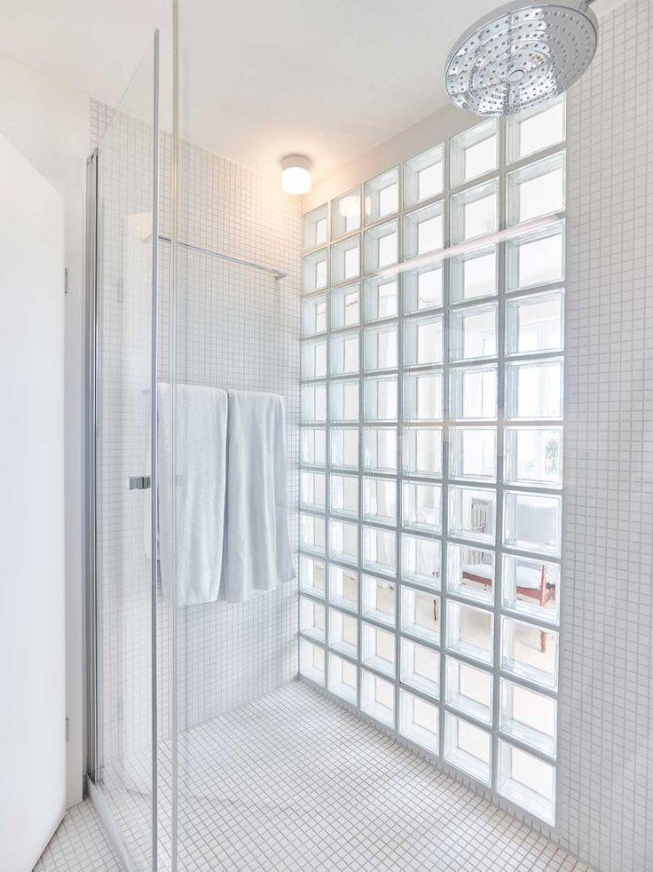 Umbau Privathaus | Dusche Mit Glasbausteinen | Innenarchitektur Marc  Briefer Gmbh | Foto: Zeljko Gataric