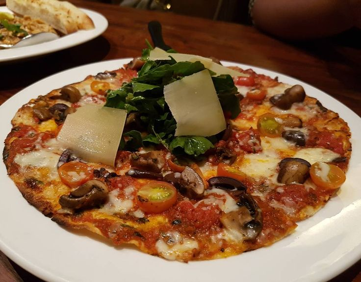Capri Pizza #NewMenu at @cpk_india #MFLClub #Mumbai #MumbaiFood #MumbaiFoodLovers #CPKMumbai