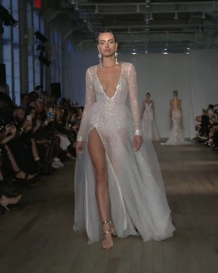"""Berta Style 19-15. Spring Summer 2019 Bridal Couture Collection """"Miami"""""""