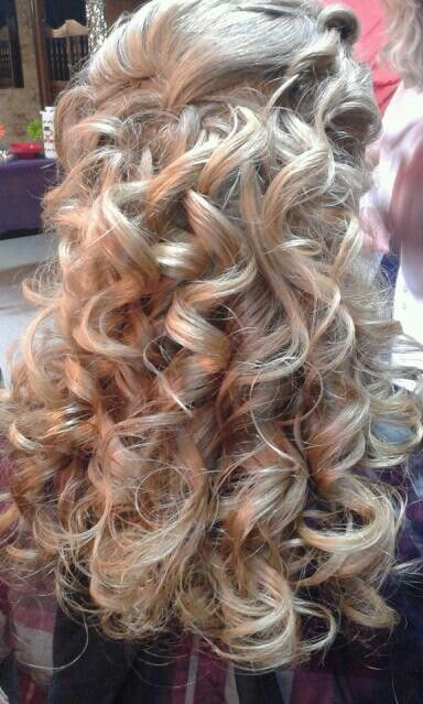Beautiful Long Curly Homecoming Hairstyle
