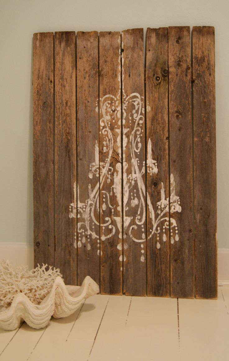 could deff make something like this! just love the old wood I don't know what kind of stencil I'd use tohugh