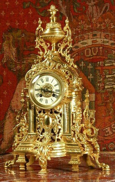 Reloj de mesa francés dorado, bellisimo.