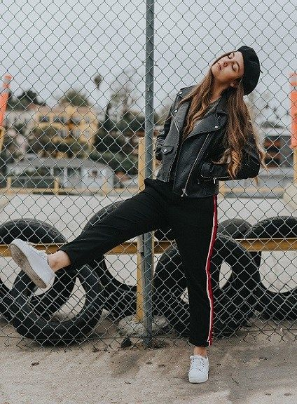 Picking out clothes can be a bit of a daunting task. While shopping is supposed to be all about fun and relaxation, it's not really all that entertaining to spend a whole day at the mall, trying on…