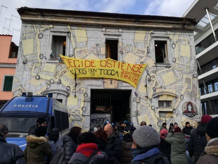 Roma, al via lo sgombero del centro sociale Alexis all'Ostiense