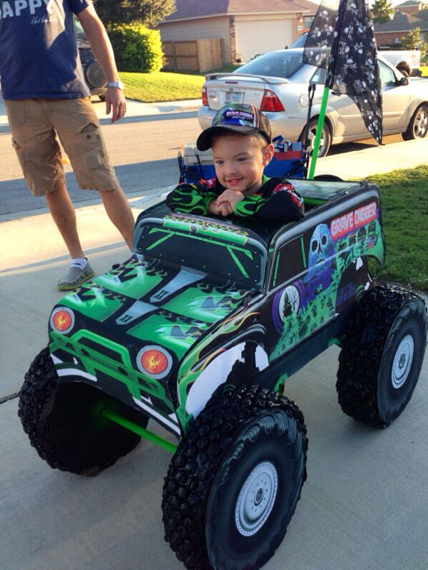 Homemade Grave Digger Halloween costume