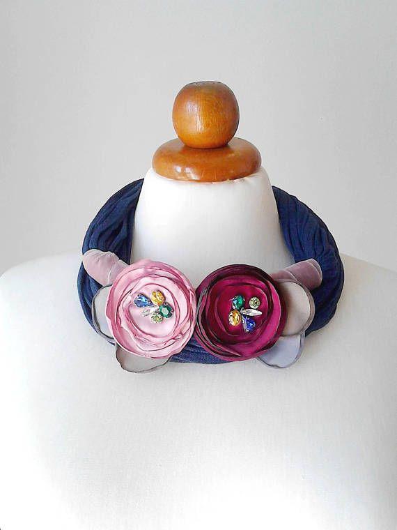 Flower necklace statement necklace bib necklace big bold