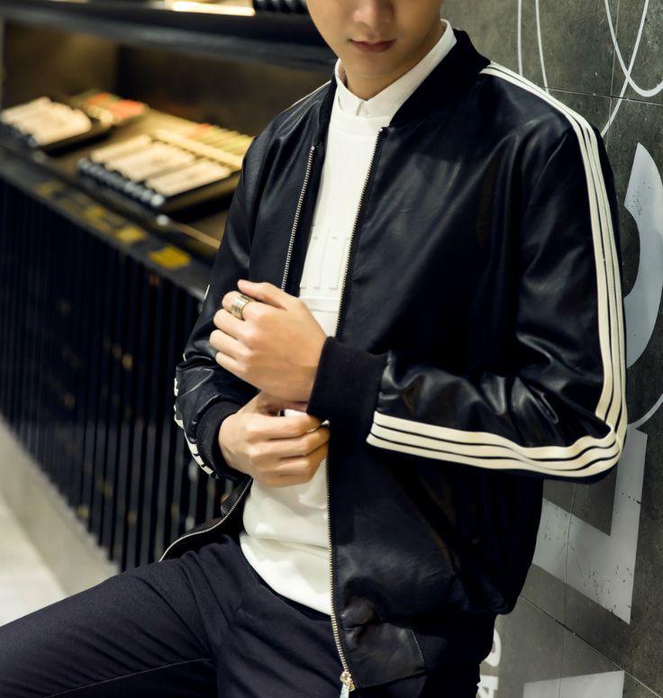 Dobrze wyglądać Trzy Białe Boczne Rękaw Paski Czarny Mężczyzna PU Skóra Bombowiec Kurtki Wiosna Jesień New Fashion Plus Rozmiar OK Jakość(China (Mainland))