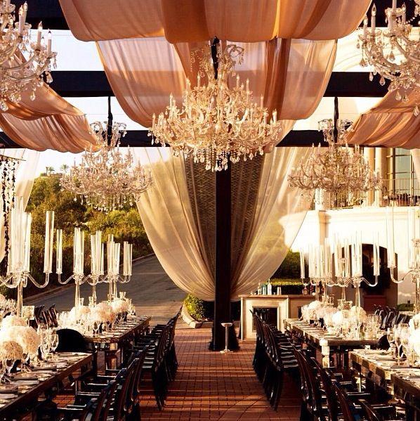 Keine Illusionen: Diese #Tischdeko zur Hochzeit und dieses Ambiente ist gigantisch und gigantisch kostspielig!