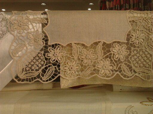 Beautiful point lace crochet on linen example
