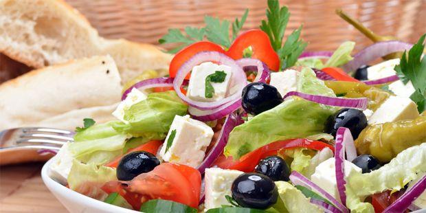 Wer Lust hat, zu kochen, kann mit der mediterranen Diät gesund leben und trotzdem schlemmen. Entdecken Sie in der Bildergalerie die leckersten Rezepte!