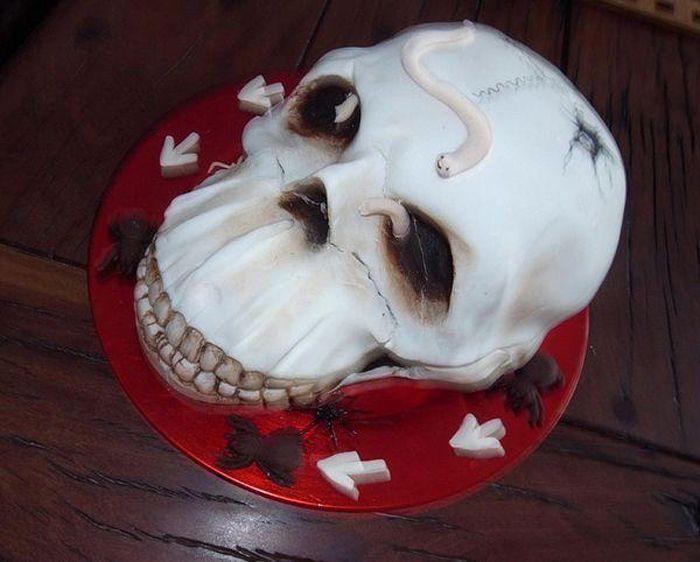 Жуткие и страшные Хэллоуин торты