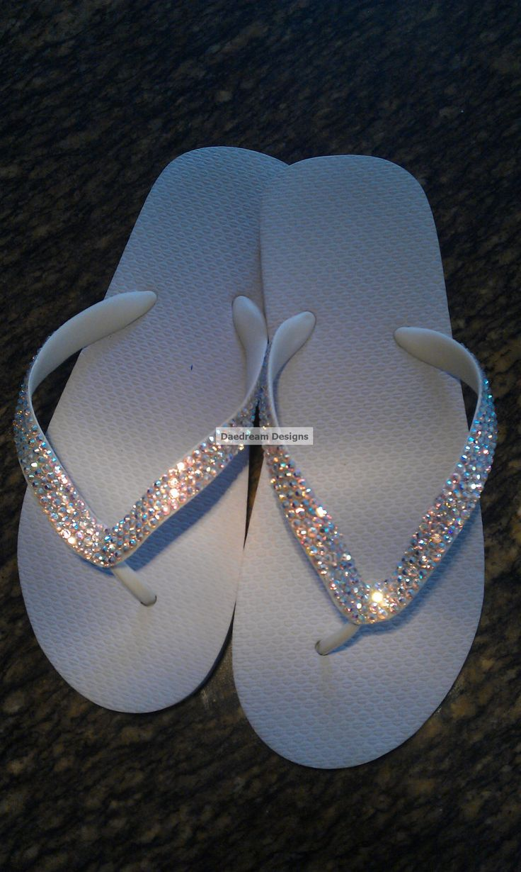 Sparkly Bling Nails: 25+ Best Ideas About Bling Flip Flops On Pinterest