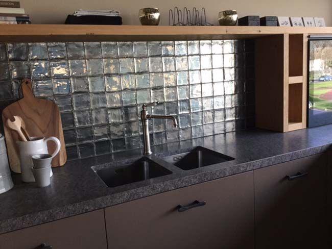Tegels Voor Keuken.Metallic Tegels Voor De Keukenachterwand In 2019 Keuken