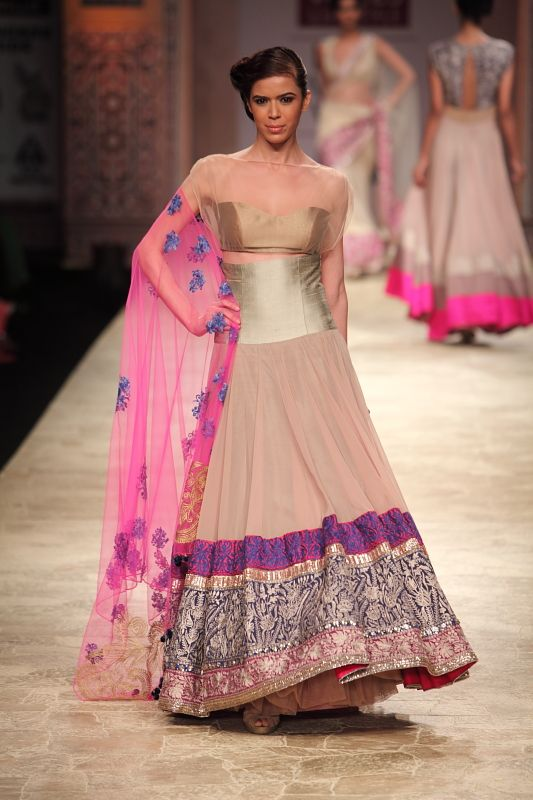 Manish Malhotra - Wills India Fashion Week Autumn/Winter 2012 Show & Collection Review