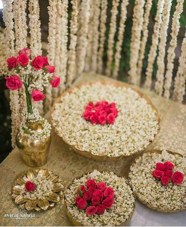 Best 25 pakistani wedding stage ideas on pinterest for Wedding ceremony table decorations