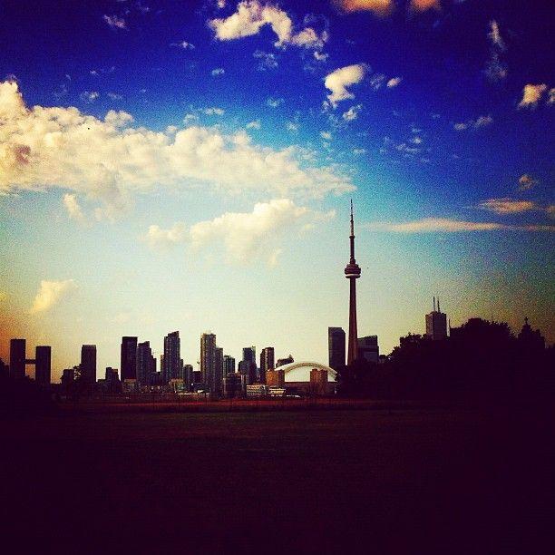 Toronto.  Photo by Melissa Hetu