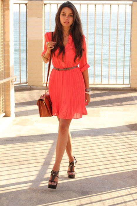 Such a cute dress!     Zoolz - Photos Sharing