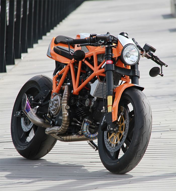 Ducati 900SS Cafe Racer by CC Racing Garage