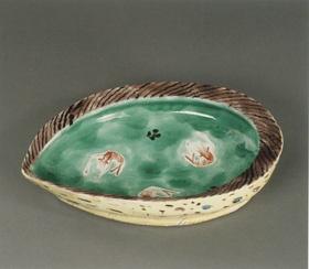 """Œuvre de de Kitaoji Rosanjin. Œuvre exposée lors de l'exposition """"L'art de Rosanjin, Génie de la cuisine japonaise"""" du musée Guimet."""